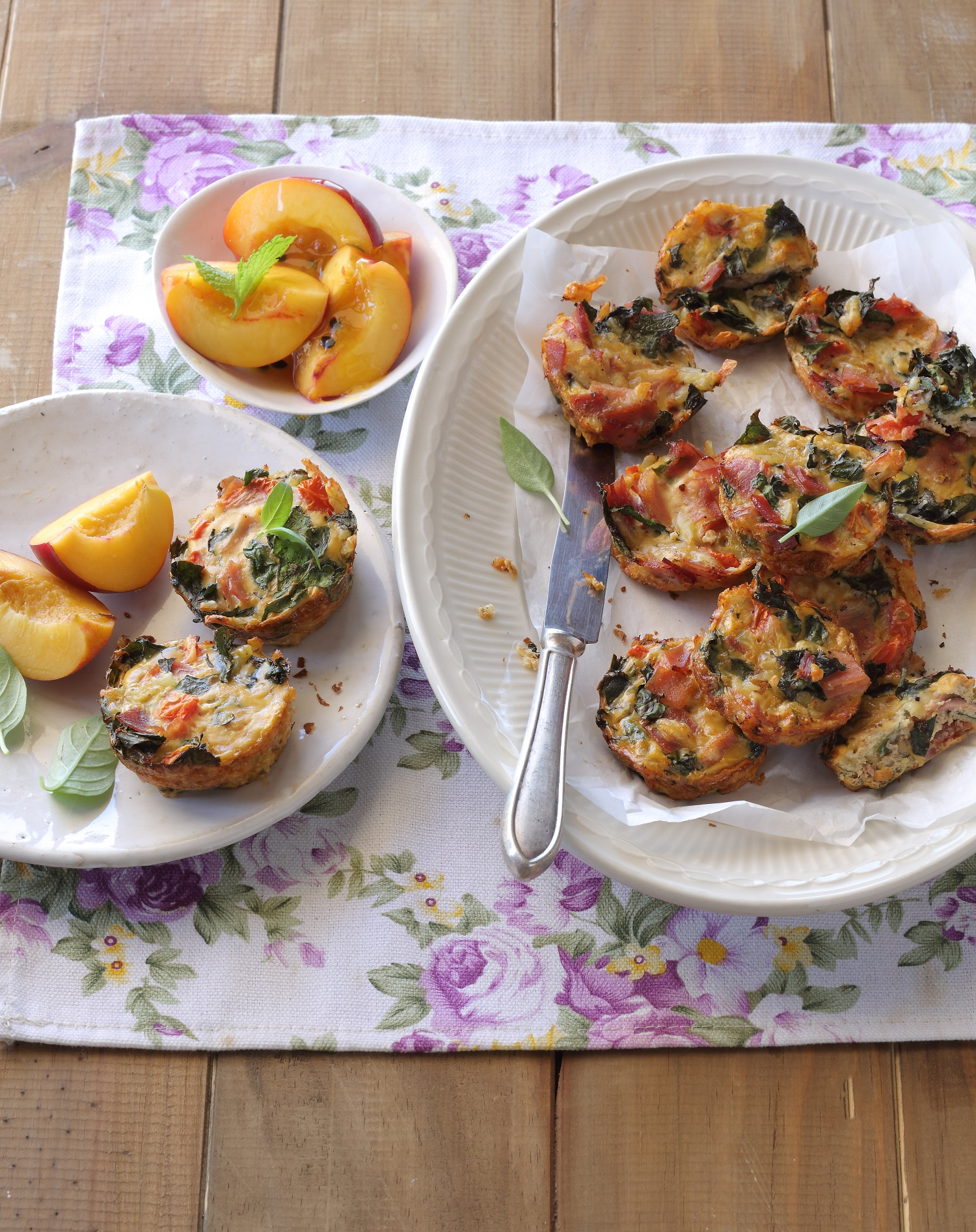 Egg Muffins with Ham, Mozzarella and Spinach